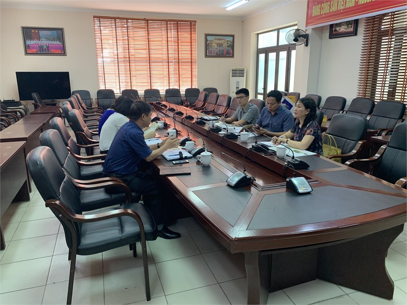 Đoàn công tác nhà trường đã có chuyến thăm và làm việc tại Ban quản lý các khu công nghiệp tỉnh Vĩnh Phúc.