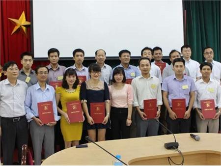 Bế giảng hai khóa đào tạo, bồi dưỡng giáo viên kỹ thuật dạy nghề Dự án HaUI-JICA