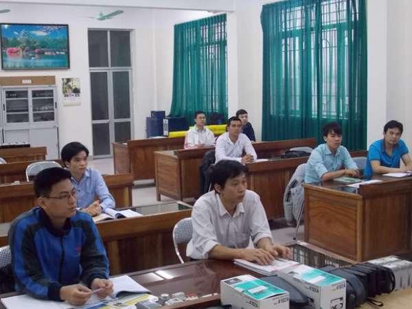 Khai giảng lớp Bảo dưỡng hệ thống điện và Bảo dưỡng hệ thống cơ khí cho các máy vạn năng